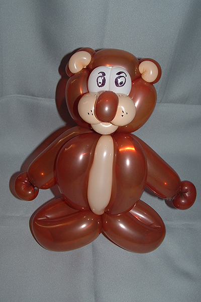 Le sculpteur de ballons Benoît Rosemont vous apprends